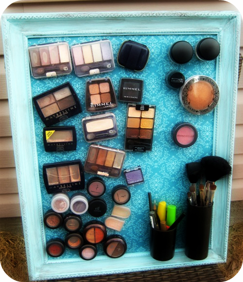 diy-makeup-magnet-board-1-500x580