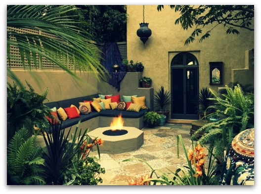 backyard-bliss-houzz.com-via-pinterest