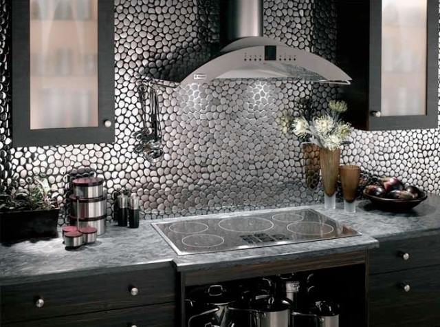 Metal-Backsplash-Design-Interior