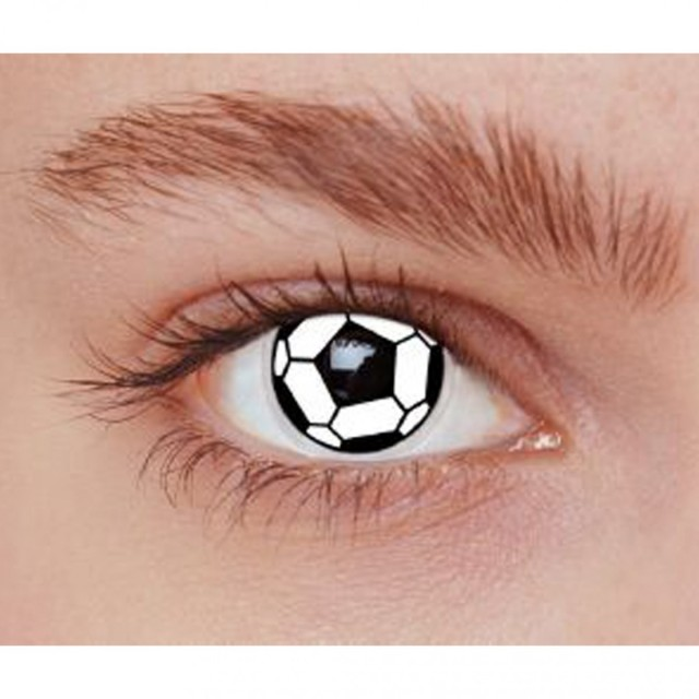 lentilles-de-contact-ballon-de-foot_537487f4ab4bf